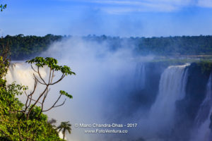 Into the Devil's Throat: Iguassu Falls between Brazil and Argentina © Mano Chandra Dhas