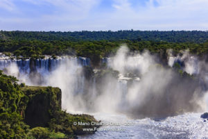 Brazil - The Devil's Throat at Iguassu Falls © Mano Chandra Dhas