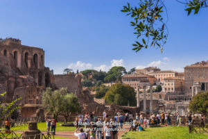 Rome, Italy - Tourists at the Roman Forum © Mano Chandra Dhas